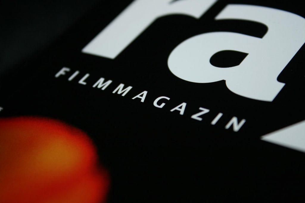 Filmmagazine, Zeitungen, Blogs und Nachrichtendienste kämpfe um die Gunst des Lesers